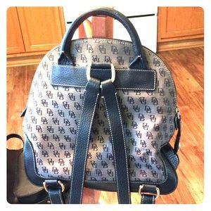 VTG Dooney & Bourke Canvas/Leather Gray Backpack